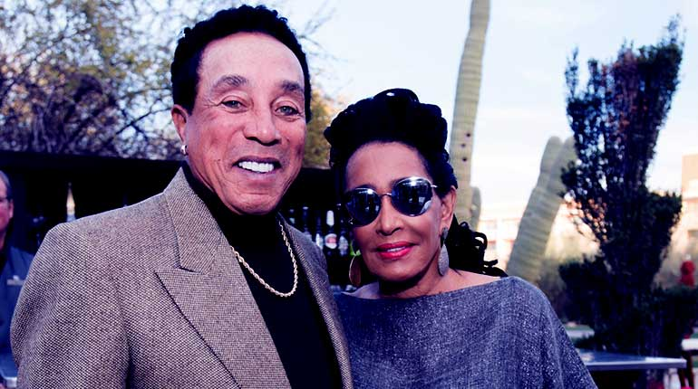 Image of Frances Glandney : Facts of Smokey Robinson's wife