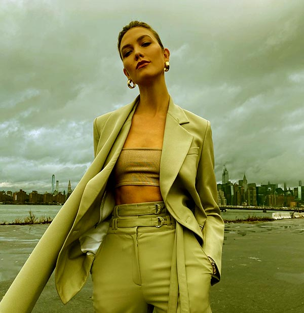 Image of Caption: Karlie Kloss is the host and judge of Bravo's Project Runway