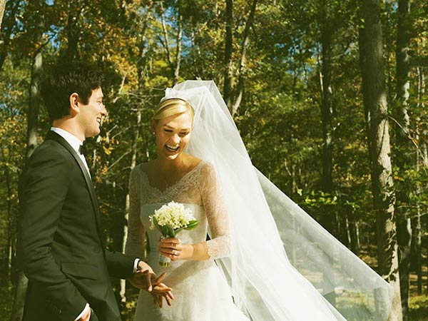 Image of Caption: Karlie Kloss and Joshua Kushner Got Married in 2018