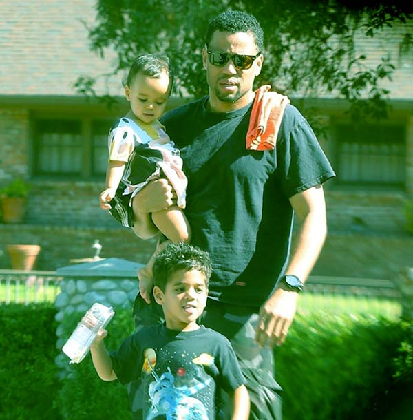 Image of Caption: Michael Ealy's daughter and son