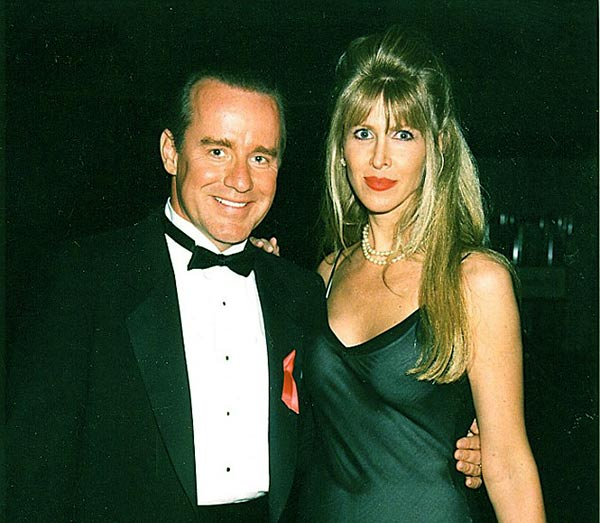 Image of Caption: Phil Hartman with his third wife Brynn