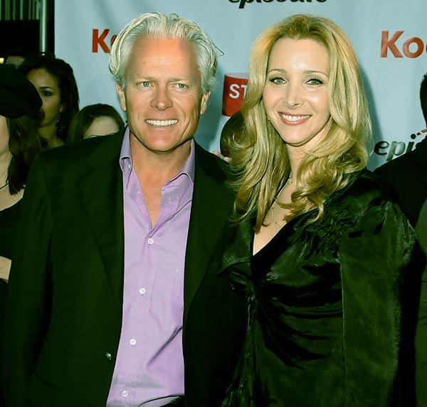 Image of Lisa Kudrow & Michael Stern's Unusual Meeting