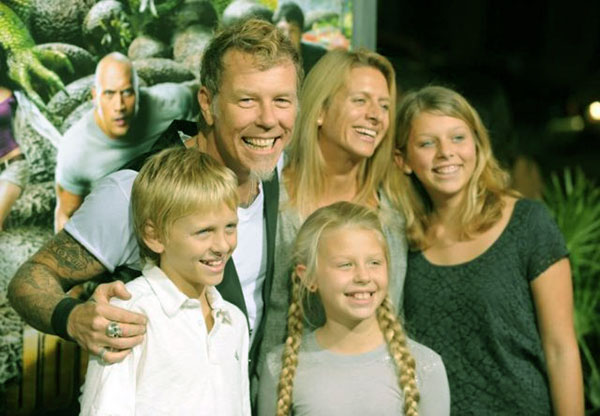 Image of James Hetfield with wife and children