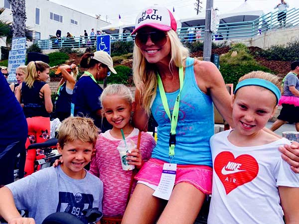 Image of Layla Kiffin is enjoying time with her three kids