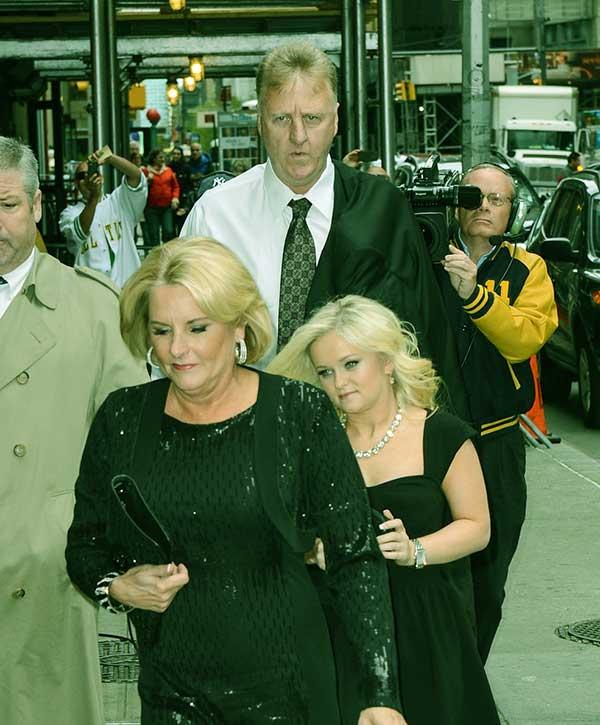 Image of Mariah Bird parents Mother Dinah & Father Larry