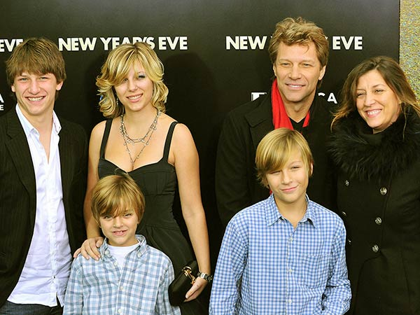 Image of Stephanie and her three brothers grew up in New Jersey
