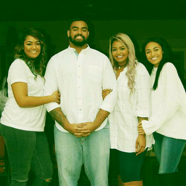 Image of Kylee loves her sisters and brother, K.J. Malone