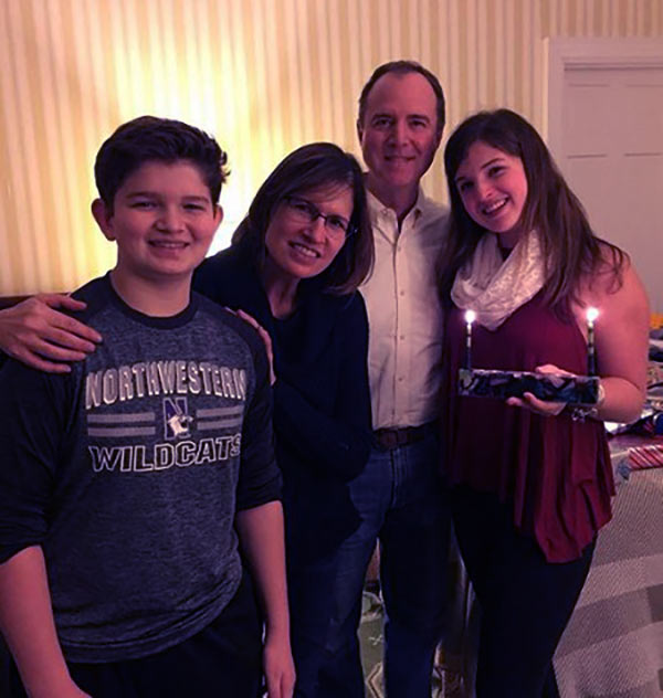 Image of Alexa Schiff with her parents and brother