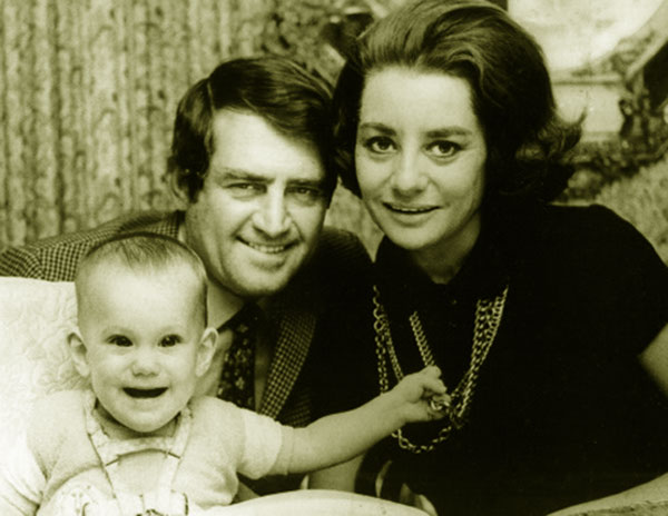 Image of Barbara Walters along with the then-husband Lee Guber and daughter Jacqueline