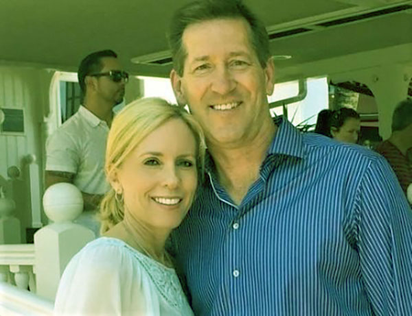 Image of Jeff Hornacek with wife, Stacy