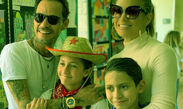 Image of Emme Maribel Muniz with her parents and twin brother
