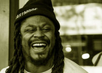 Image of Marshawn Lynch: Does He Have a Girlfriend. Check Out His Net Worth